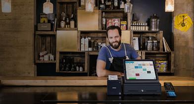 Yoni Sadaar mit dem orderbird iPad-Kassensystem